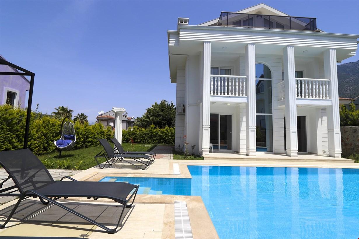Villa Grand New