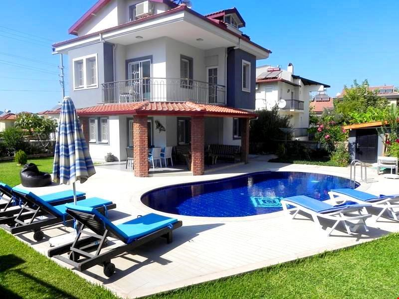 Villa Nehir