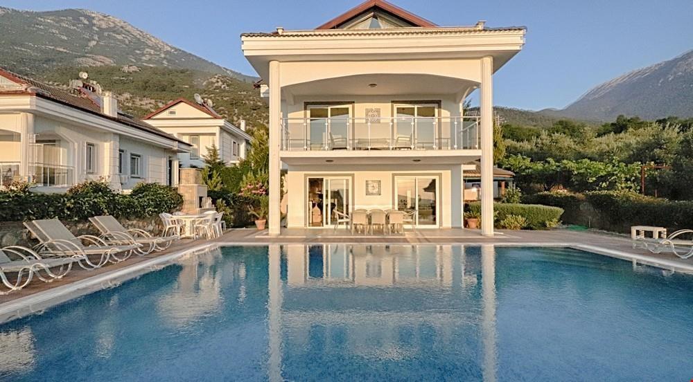 Villa Velio